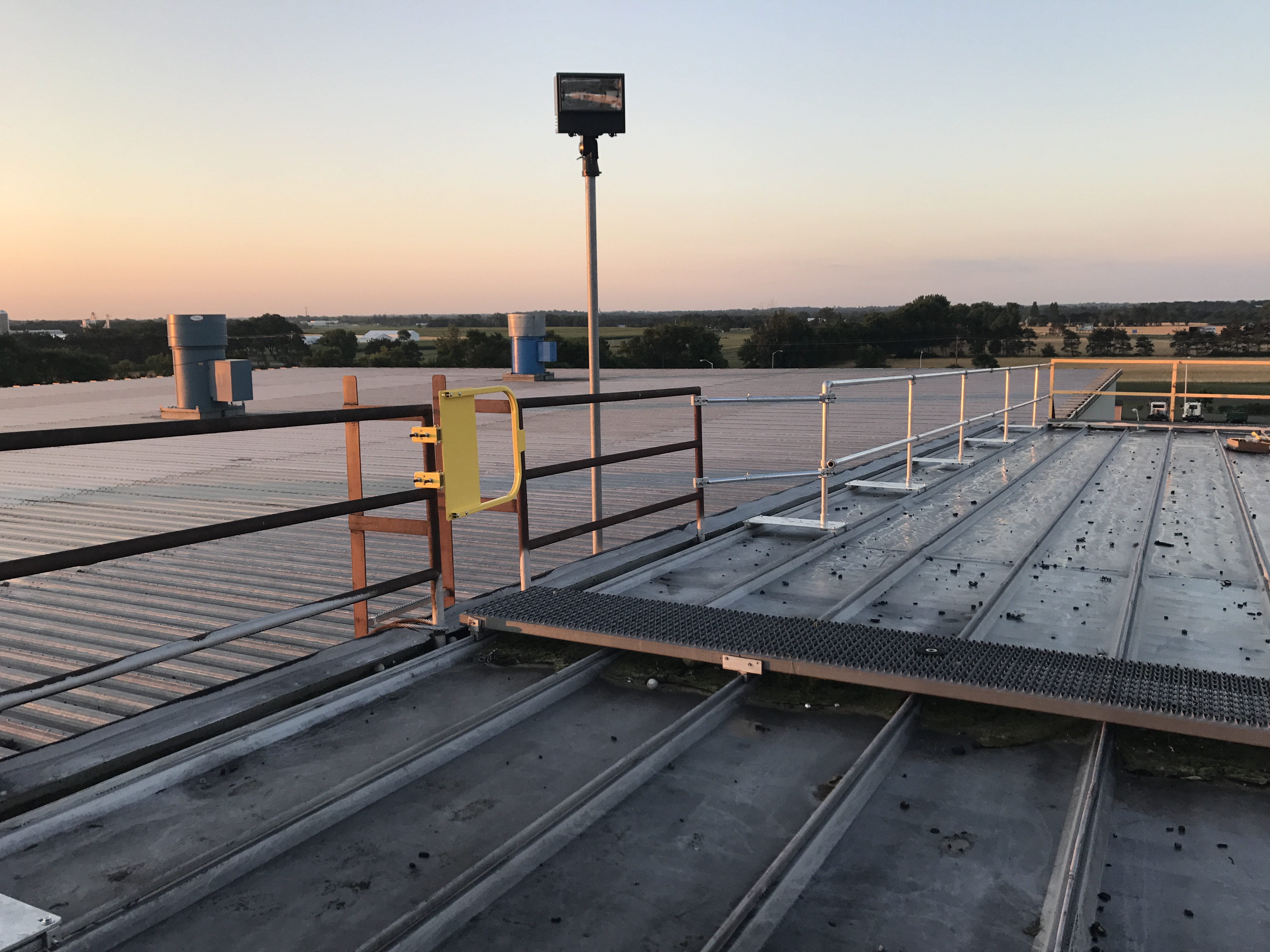 Fall Protection Guardrail Best Systems For Roofs