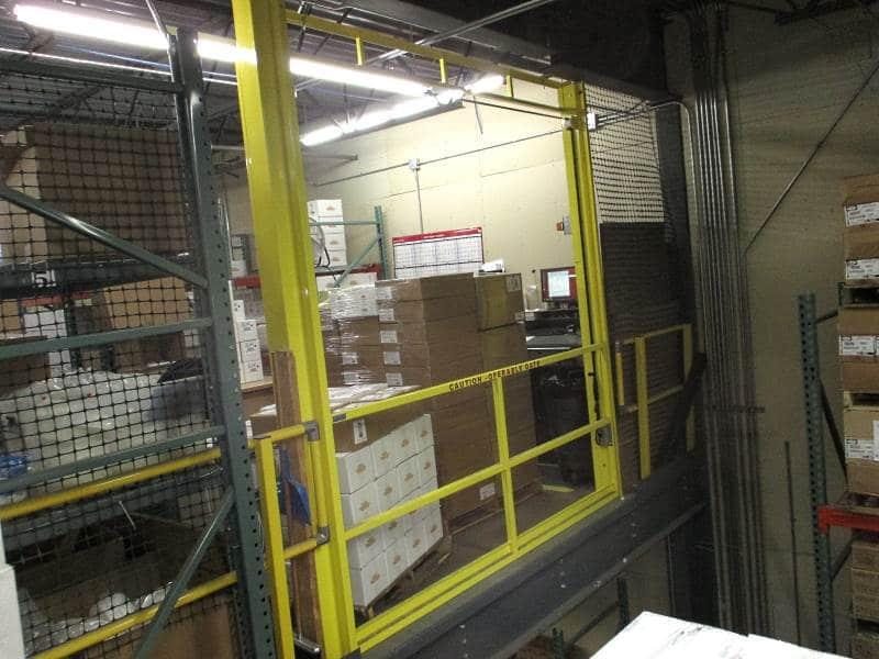 Vertical Mezzanine Safety Gate Industrial Railings